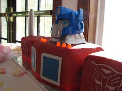 Optimus Prime Transformers groom's cake 2